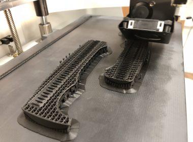 Elan 3D printing machine